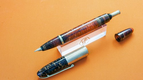 3 - The King - Dream Pen.jpg